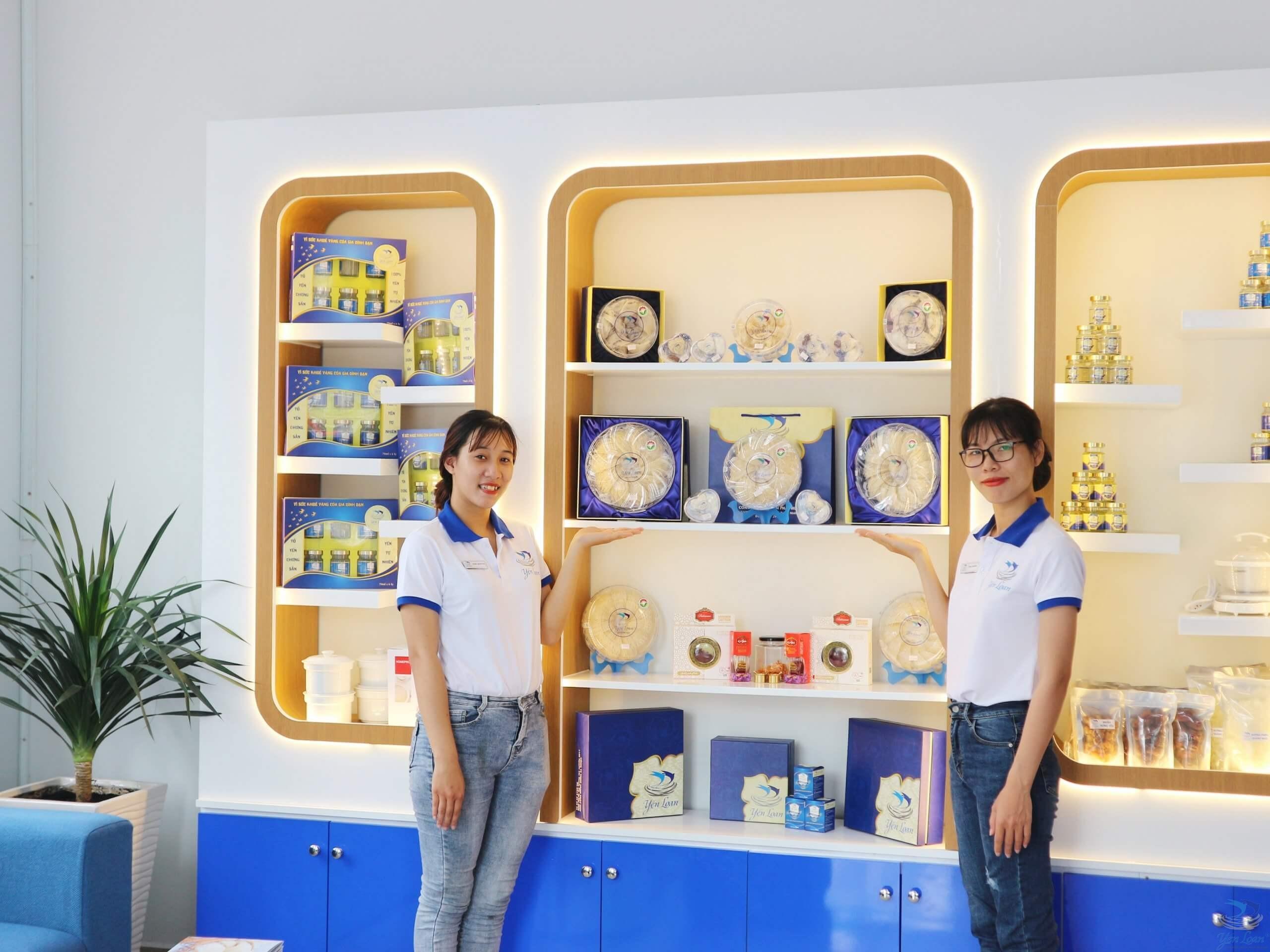 Góc trưng bày Showroom mới