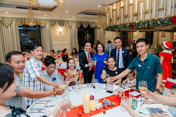 Tri ân khách hàng tại dạ tiệc giáng sinh 2019